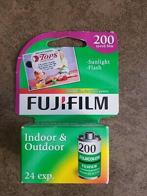 FujiFilm 200 Speed 35mm 24 Exp Pack Sunlight Flash In/Out Color Exp 12/2015