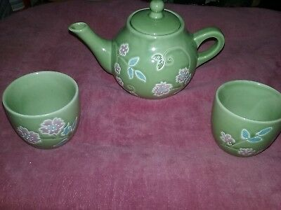Tea Pot Beautiful Small Green With Flowers And Two  Cups To Match Stoneware