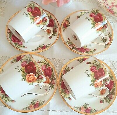 Royal Albert Old Country Roses 4 Coffee Cans Mugs & Saucers 1st Quality VGC