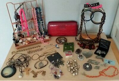House Clearance : Jewellery & Items : Vintage & Modern Mix : No Reserve
