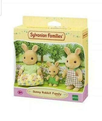 SYLVANIAN Families Family & Friends Figures Sets Sunny Rabbit Family 5372