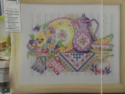 Counted Cross Stitch Pattern / Chart - Farmhouse Kitchen Picture