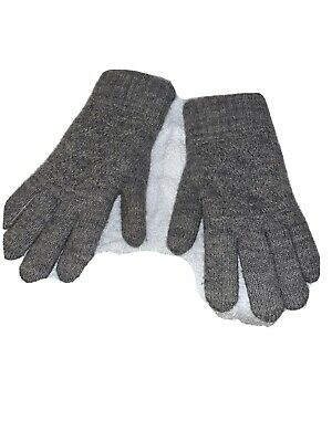 Womens Gray Wool Blend Gloves with knit exterior and soft nylon interior
