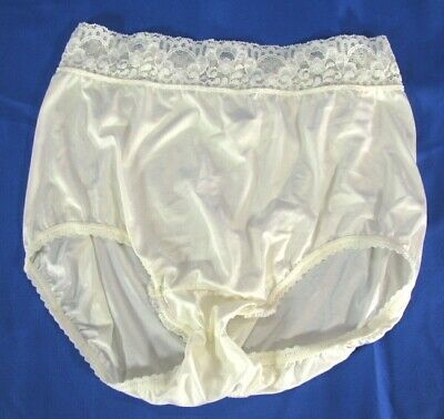 WACOAL BodySuede Brief COMFORT PANTIES Vintage WHITE W/LACE TRIM sz 6