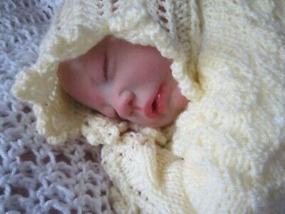 Reborn Sweet Baby Girl Martha 3/4 Limbs Bald Knitted Outfit