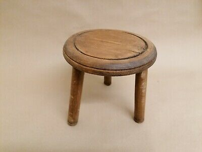 Vintage Wooden Milking Stool 3 Legs Solid Wood Farmhouse Cottage Garden Antique