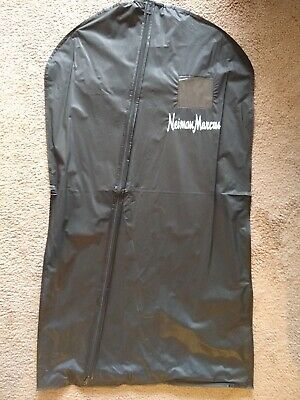 NEW NEIMAN MARCUS Logo Zipper Garment Suit Dress Travel Storage Bag Carrier