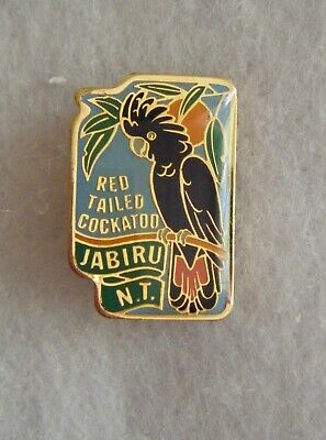 Jabiru ( red tailed cockatoo ) badge.Northern Territory.Perfection Souvenirs.