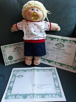 Vintage Cabbage Patch Kids Doll.ORIGINAL.1985.With Documentation.