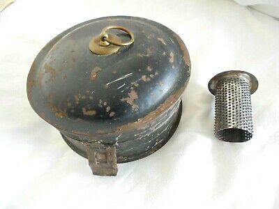 A Lovely Early Antique Spice Tin  - Complete With Central Nutmeg Grater