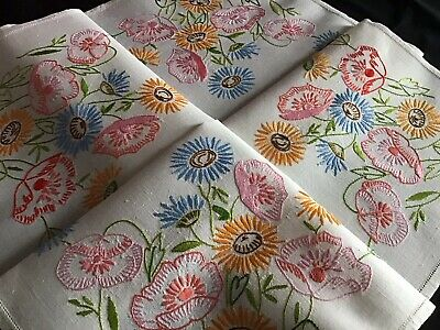 Beautiful Vintage Linen Hand Embroidered Tablecloth~ Wild Poppies & Daisies