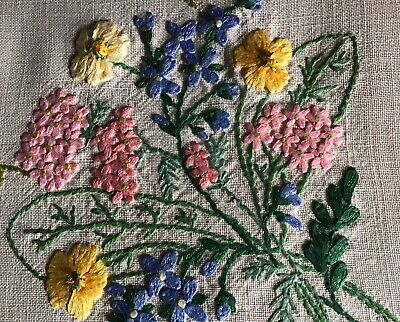 Stunning Vintage Linen Hand Embroidered Tablecloth~ Beautiful Floral Posies