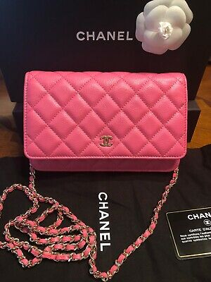 100% Authentic Chanel Pink Wallet On Chain Cc Logo, Exquisite! Timelless! Box