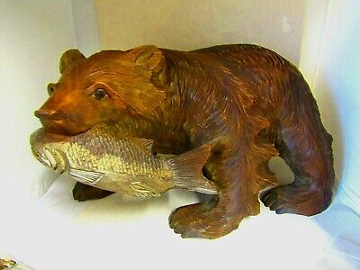 CARVED WOOD - LARGE BLACK FOREST BEAR with SALMON