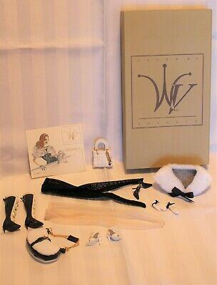 Integrity Toys Jason Wu Doll outfit-Voyages Travel Wear 2005 - excellent cond