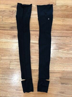 Lululemon Thigh High Over the knee Thick leg warmers Black