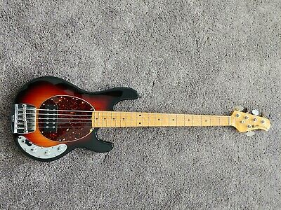 2015 (USA) Ernie Ball Musicman Stingray Classic 5 String.