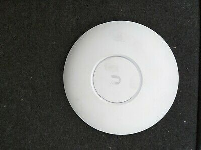 Ubiquiti Networks UAP-AC-PRO Dual Radio Access Point