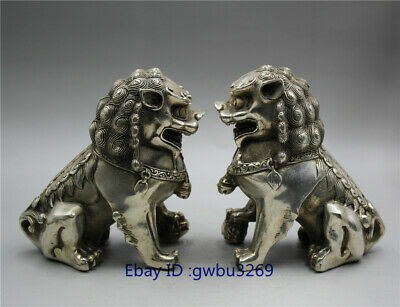 China Old Tibetan silver handwork carved Evil Town House Lion statue a pair