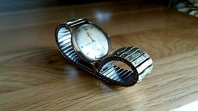 Omega Gents 9ct Gold 1950/60s automatic winding watch keeping good time.
