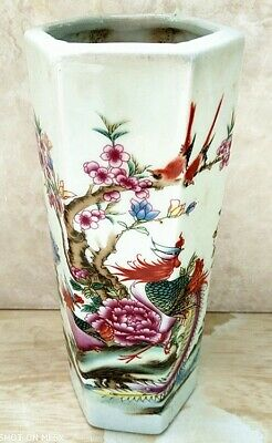 Chinese Exquisite Handmade Porcelain Pot Pen container