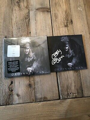 Inhand OZZY OSBOURNE SIGNED / AUTOGRAPHED Bookle CD ORDINARY MAN DELUXE