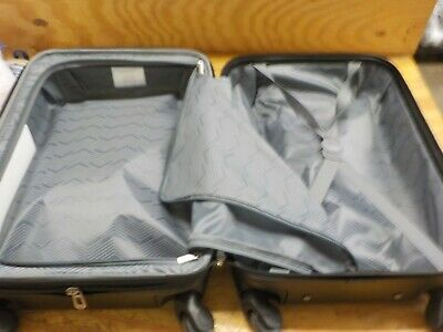 """Travelers Club 20"""" Chicago Expandable Spinner Carry-On Luggage, Black"""