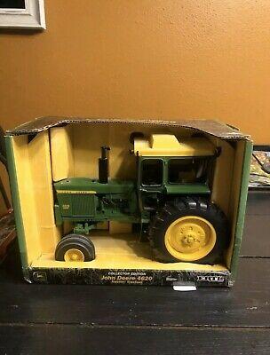 """Ertl John Deere Model 4620 Toy Tractor """"2002 Collector's Edition"""" 1/16 Scale box"""