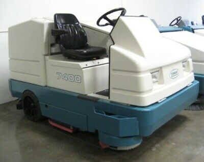 Reconditioned Tennant 7400 LP Cylindrical Scrubber Will Ship Low hours! GM engin