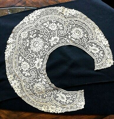 Antique LACE COLLAR, From the 1800's - Beautiful Large Collar