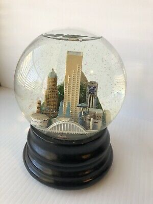 Portland Oregon Snow Globe Saks Fifth Avenue (Retired)