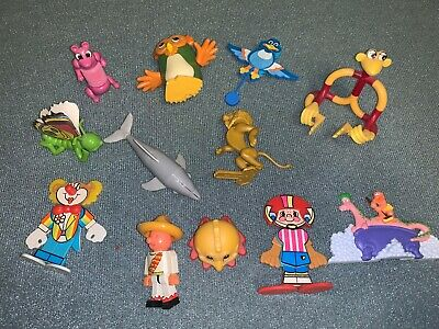 Lot of 12 miscellaneous Kinder Egg Toys