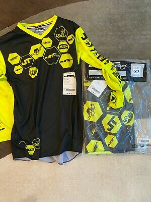 JT Racing BLACK/NEON YELLOW SIZE L JERSEY AND 32 PANT