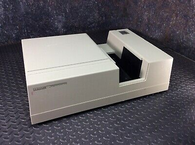 HP 8452A Diode Array Spectrophotometer
