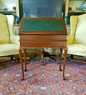 Williamsburg Style Mahogany Slant Front Leather Top Display Desk Table