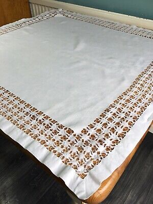 Vintage Cut Out Tablecloth Dining Table Linen Topper Ditsy Decor Cutwork Cover