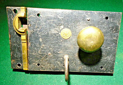 VINTAGE CARPENTER RIM LOCK w/COMPLET KEEPER & KEY & ESCUTCHEONS, GREAT!  (13762)