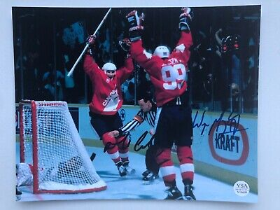 Wayne Gretzky & Mario Lemieux Signed Team Canada 8x10 Photo COA