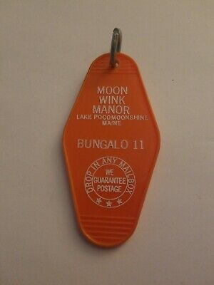 Vintage Motel  Hotel Key Chain Ring Moon Wink Manor