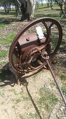 Antique horse drawn chalf cutter needs restoring selling as is, pick up on farm