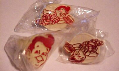 NOS NEW in package BOB'S BIG BOY PLASTIC RINGS (3)