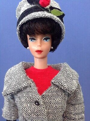 Vintage Raven Haired Bubble Cut Barbie. 1961 Issue