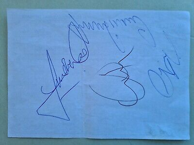 SIGNED Manchester United 1996 squad autograph Gary Neville Andy Cole Ryan Giggs
