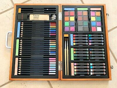 NEVER BEEN USED 82 Piece Deluxe Art Creativity Set in Wooden Case