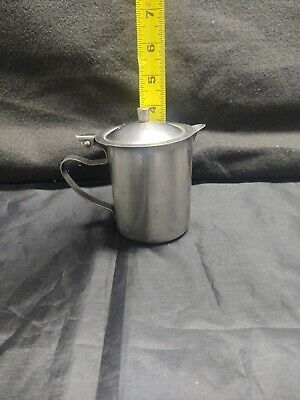 Mixed lot of 11 Stainless Steel 10 Ounce Creamer with hinged Lid