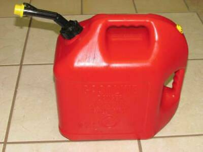 Blitz 5 Gallon Vented Gas Can With Spout And Yellow Cap