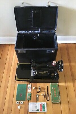 1953 Singer FEATHERWEIGHT Sewing Machine 221-1 & Extras