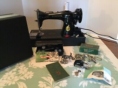 Singer 15-91 Sewing Machine With Case & MANY Accessories