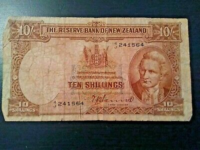 Reserve Bank of New Zealand 10 Shillings Banknote Captain Cook Kiwi