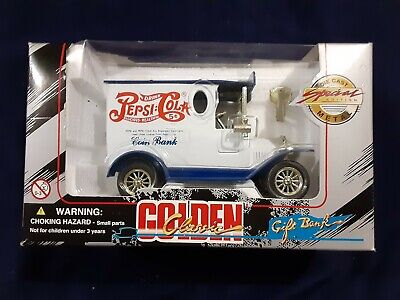 GOLDEN CLASSIC PEPSI-COLA TRUCK Gift Coin BANK w/Key--Special Edition Diecast